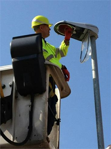 ... supply lighting circuits testing to determine the location of cable faults and excavation and repair of damaged sub-soil cables or defective joints. & Street Lighting Repairs and Maintenance Midland Sign u0026 Lighting UK azcodes.com